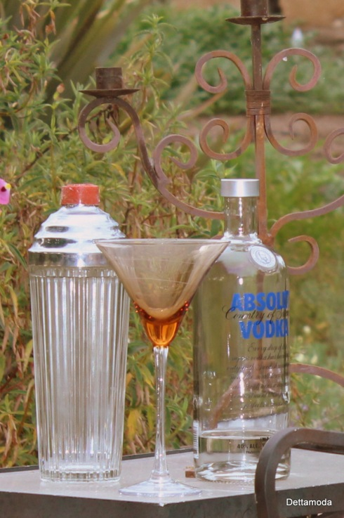 Absolute Vodka, Retro martini shaker