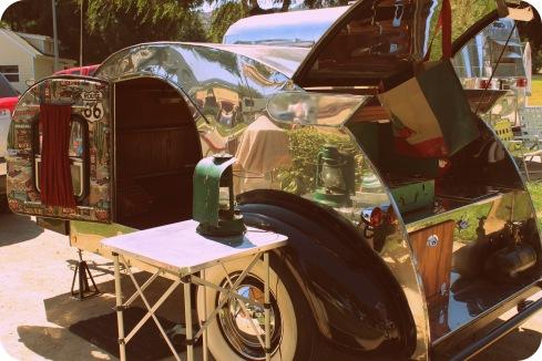 vintage mini trailer