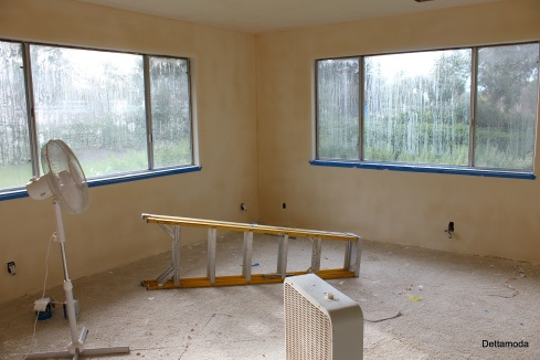 4. Gutting a bedroom in order to create a new dressing studio.